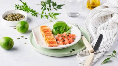 Tataki de saumon, citron vert et graines de courge