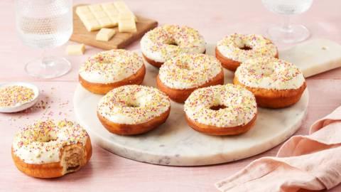 Donuts au chocolat blanc