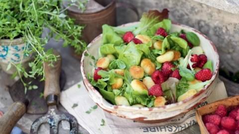 Salade de gnocchis aux framboises et citron