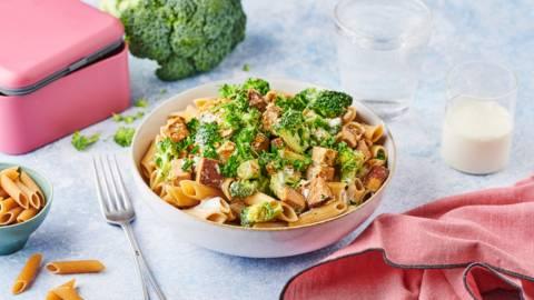 Pâtes complètes, tofu et petits légumes