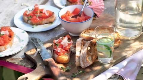 Tartines de tomates à l'espagnole