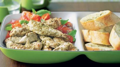 Salade de poulet au pesto