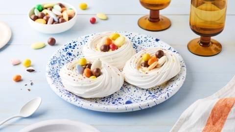 Mini pavlovas de Pâques et crème de citron