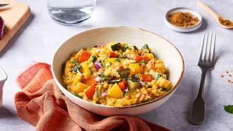 Lentilles corail aux légumes d'été et au curry