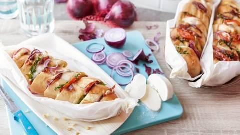 Baguette surprise au jambon, tomates et mozzarella