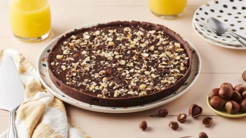 Tarte pâte sablée à base de cacao au chocolat et aux noisettes