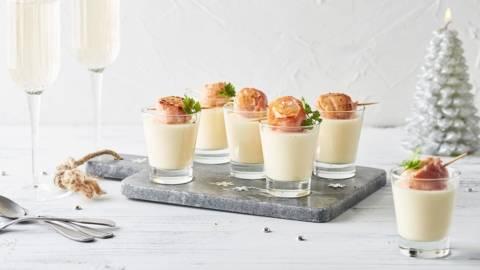 Roulé de saint-jacques au bacon et mousse de Champagne