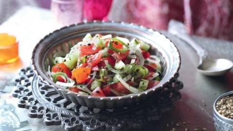 Chachumbar (salade indienne de tomates et concombres)