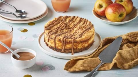 Crumb cheesecake pommes et caramel au beurre salé