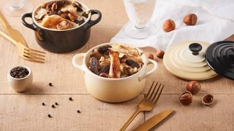 Cassolettes de poulet au morilles et noisettes