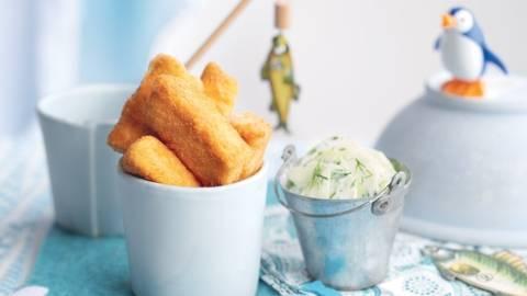 Bâtonnets de saumon et salade de concombre