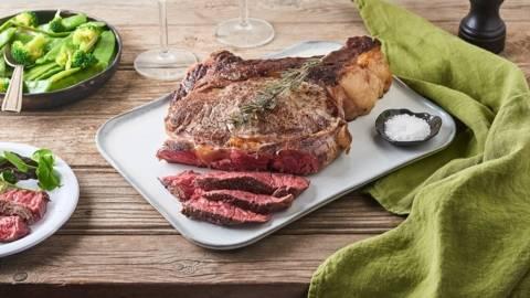 Côte de bœuf rôtie à basse température