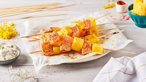 Brochettes de saumon et d'ananas