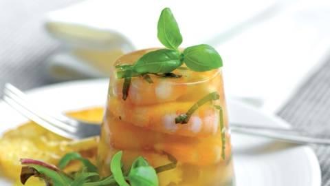 Gelée de crevettes au basilic