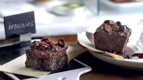 Brownies moelleux au chocolat et cerises