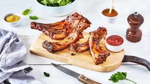 Travers de porc grillés au barbecue