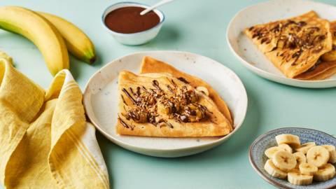 Crêpes banane, chocolat et nougatine