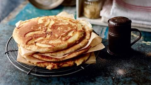Pancakes aux pommes et amandes