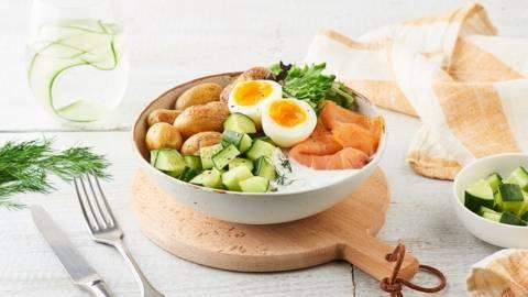 Brunch bowl au saumon