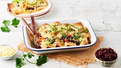 Enchiladas au poulet, haricots rouges, coriandre et citron vert