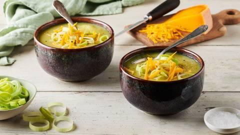 Soupe de poireaux, pommes de terre, mimolette