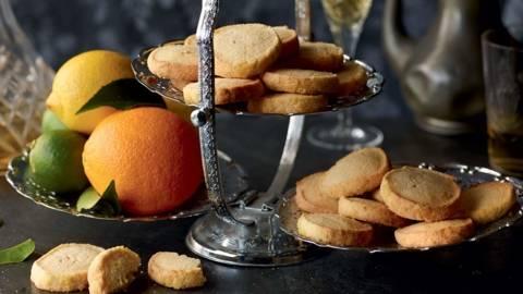 Biscuits aux amandes et agrumes