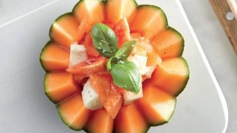 Salade de melon et tomates mozza