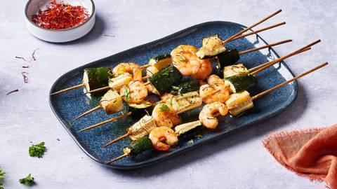 Brochettes de crevettes et courgettes au safran