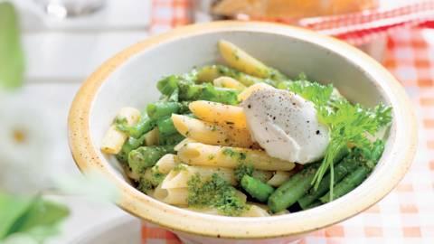 Salade de pâtes et haricots au chèvre frais