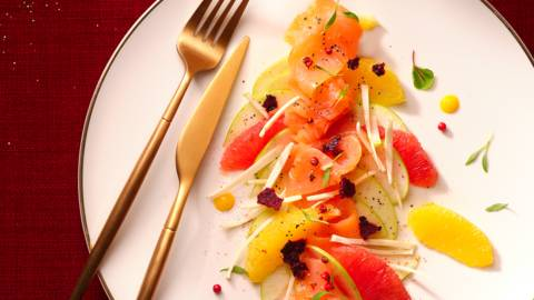 Carpaccio de saumon si craquant en salade