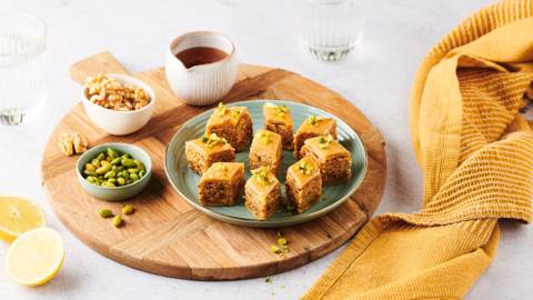Baklawa aux fruits secs