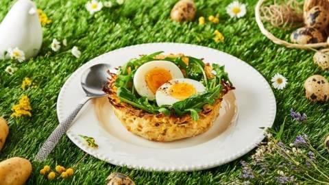 Nid de pâques en pommes de terre et œufs durs