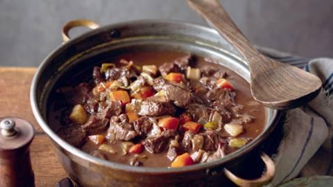 Ragoût de bœuf au chocolat et gnocchis