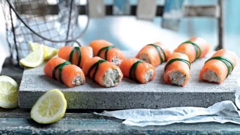 Roulés de saumon à la crème et aux pommes