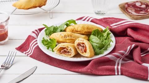 Panzerotti à la pancetta et mozzarella