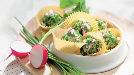 Beurre aux radis en robe de ciboulette