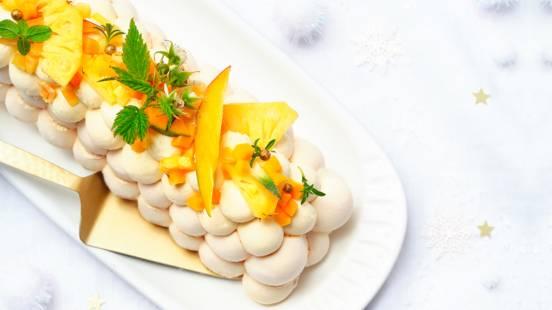 Bûche pavlova aux fruits exotiques