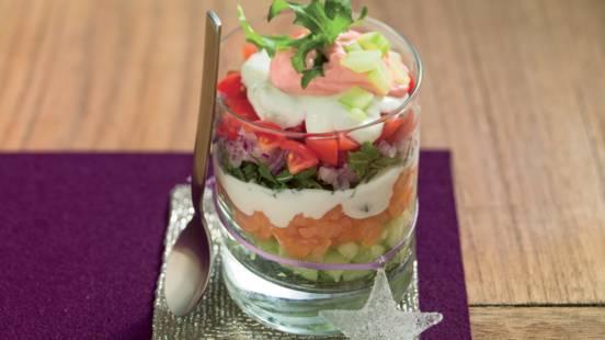 Verrine de saumon et de concombre au tzatziki