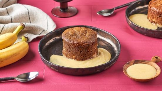 Malva pudding à la confiture d'abricot et sa crème vanille