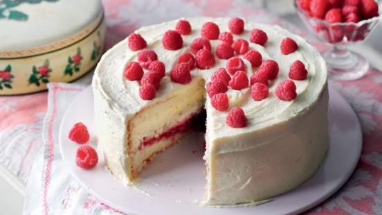 Gâteau aux framboises, crème pâtissière