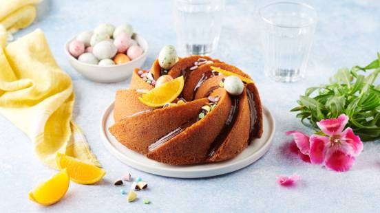 Easter bundt cake à l'orange et glaçage au chocolat