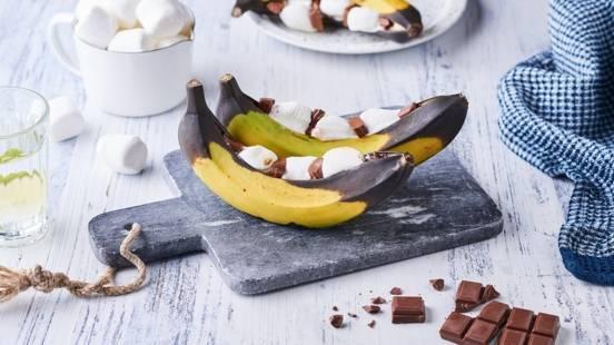 Bananes grillées, chocolat et chamallows