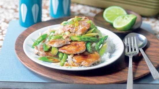 Wok de porc aux asperges vertes