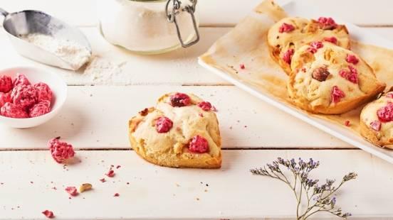 Cookies aux pralines roses et au chocolat blanc