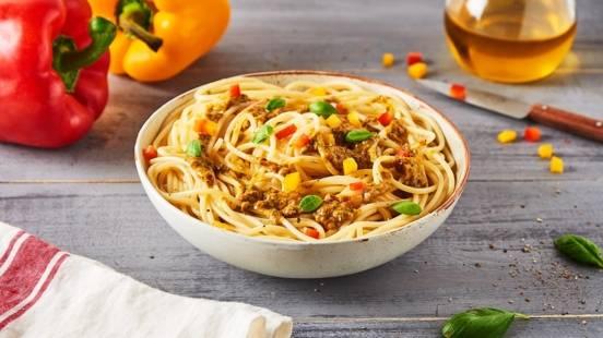 Spaghetti au pesto de poivron et basilic