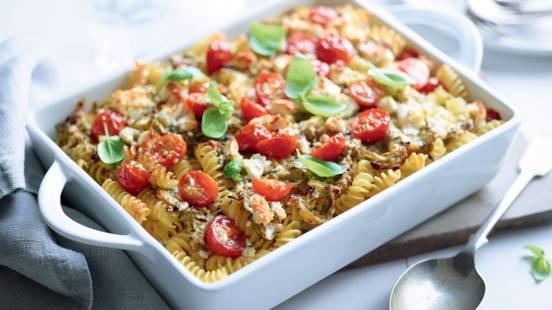Gratin de pâtes aux courgettes et tomates cerise