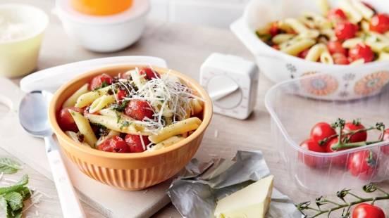 Penne aux tomates cerises, câpres et menthe
