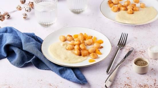 Saint-Jacques rôties à la mandarine & purée de panais vanillée