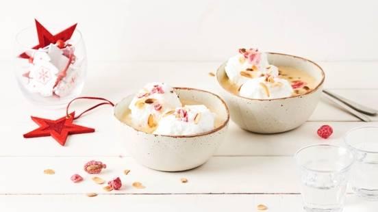 Iles flottantes aux pralines roses