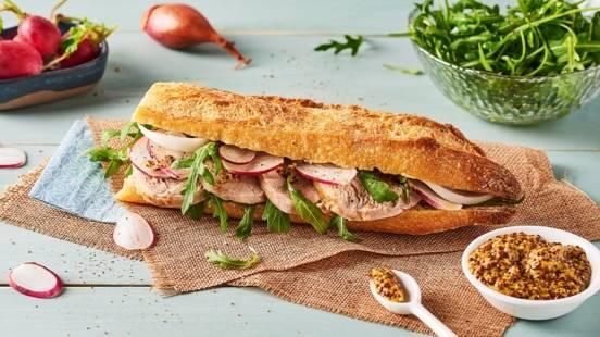 Sandwich de filet mignon et échalotes confites